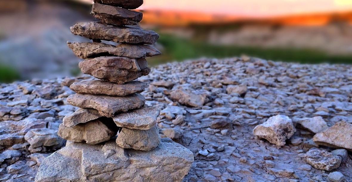 stones-867990_1920